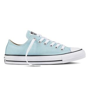 Turquoise converse size 7